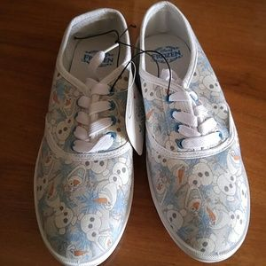Disney olaff shoes